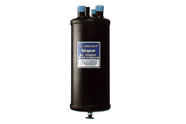 Heat exchanger accumulators